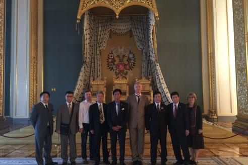 Делегация представителей самураев княжества Сацума в Кремле. 2015 г.