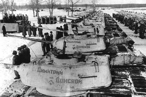 Танковая колонна «Димитрий Донской», созданная по инициативе Московской патриархии на пожертвования верующих и переданная в 1944 году танковым войскам СССР
