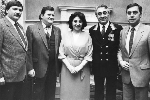Посол СССР в Великом Герцогстве Люксембург Камо Бабиевич Удумян (второй справа)