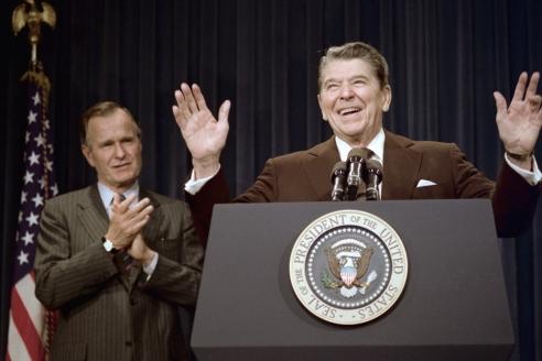 Д. Буш старший и Р. Рейган
