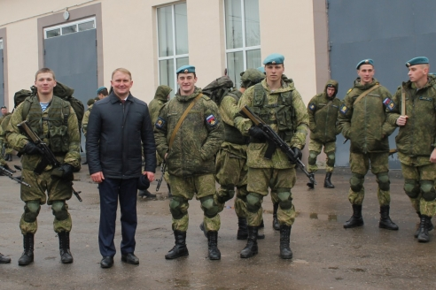 С курсантами Рязанского гвардейского высшего воздушно-десантного командного училища. 2017 г.