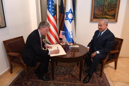 Премьер-министр Израиля Б. Нетаньяху и Д. Болтон