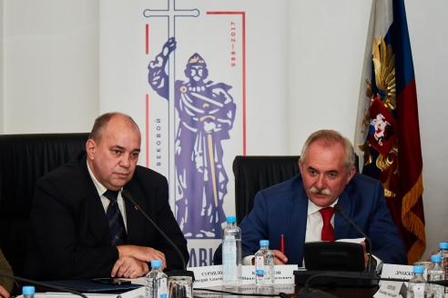 Н.Кузнецов и Д.Сурмило