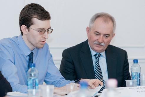 Е.О. Иванов и Н.А. Кузнецов