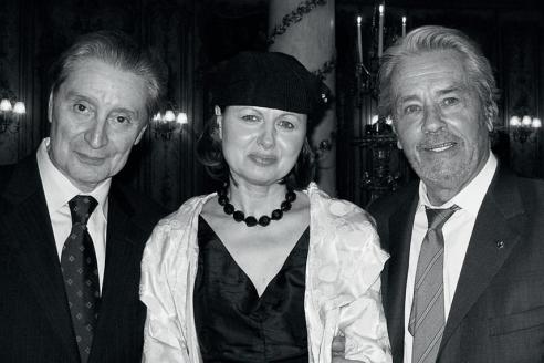 С Галиной Аксёновой и Аленом Делоном