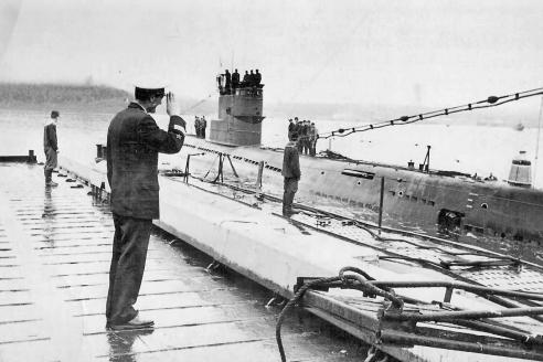 Дизельная подводная лодка С-145