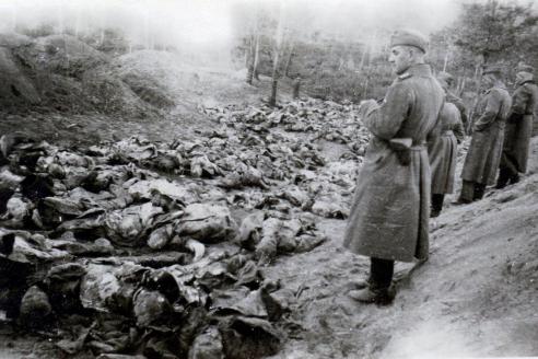 Катынь. Массовые убийства пленных офицеров польской армии и граждан. 1940 г.