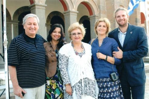 С женой Ольгой Николаевной, дочерьми Александрой и Еленой и зятем Романом. 2012 г.