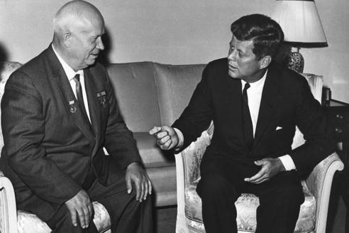 Н. Хрущёв и Д. Кеннеди