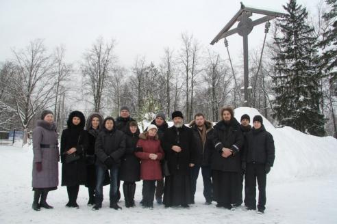 Протоиерей Кирилл Каледа встречает СПМЦ на Бутовском полигоне
