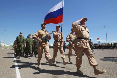 Российские военные на учениях в Таджикистане