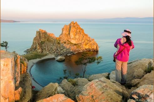 Китайские туристы на о. Байкал