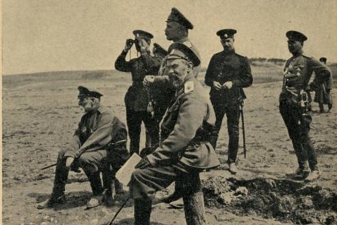 Главнокомандующий армиями Западного фронта генерал от инфантерии А.Е. Эверт на позиции
