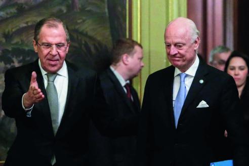 Министр иностранных дел России Сергей Лавров и специальный представитель генерального секретаря ООН по Сирии Стаффан де Мистура