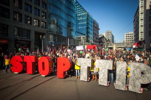 Акция протеста против договора о Трансатлантическом партнёрстве