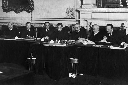 Заседание Временного правительства в Мариинском дворце. 1917 г.