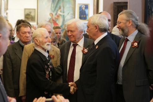Г.С. Полтавченко в Союзе художников на открытии выставки к Дню Победы