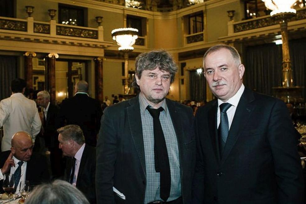 Генеральный директор Н.А. Кузнецов, член редколлегии И.Н. Шумейко