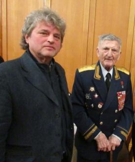 И.Шумейко с Героем Советского Союза генерал-майором С.М. Крамаренко, 20 марта 2018 года
