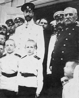 Великий князь Константин с кадетами. 1910 г.