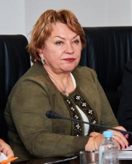 Е. Маслова