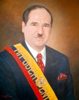 Абдала Букарам – президент Эквадора, подвергнутый импичменту по обвинению в «умственной неполноценности»