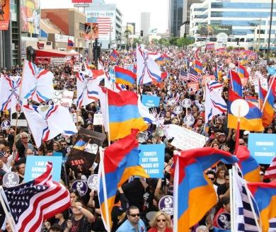 Митинг армян в Лос-Анджелесе