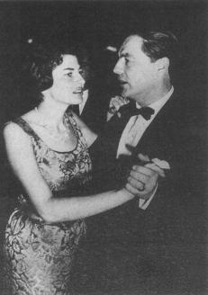 Барон Фальц-Фейн с бывшей шахиней Ирана, красавицей Сароей. 1940-е