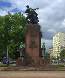 Памятник Советско-Польскому Братству по оружию в Варшаве