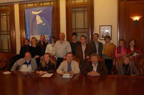 30 ноября 2007 года Русский Клуб в Шанхае организовал и провел творческий вечер главного редактора Литературной газеты писателя Ю. М. Полякова