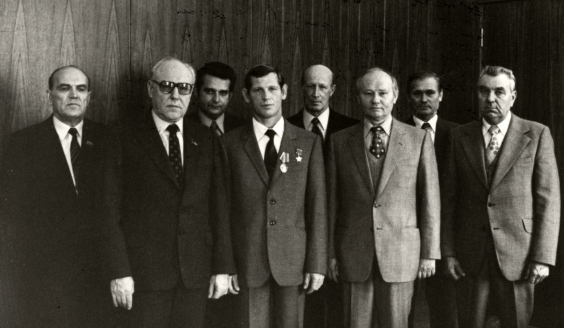 Вручение Золотой Звезды Героя Советского Союза «Каскадеру», Каскад 1, 1981 г.