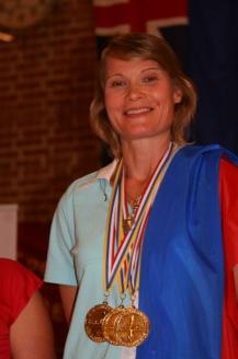 Наталья Вадимовна Молчанова — чемпионка мира по фридайвингу, президент Российской федерации фридайвинга. Обладательница 40 мировых рекордов. Первая в мире женщина, преодолевшая отметку 100 метров при погружении в глубину на задержке дыхания, а также первая в мире женщина, задержавшая дыхание более чем на 9 минут