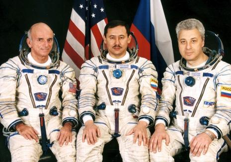 Деннис Тито (США), Талгат Мусабаев и Юрий Батурин