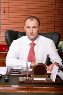 Первый заместитель председателя комитета Госдумы по делам национальностей М. Старшинов