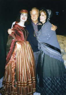 С Франком Дзеффирелли, постановщиком оперы «Богема», и певицей Итери Ламорис