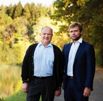 С внуком Леонидом
