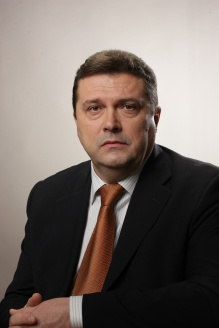 Владимир Геннадиевич Соловьёв