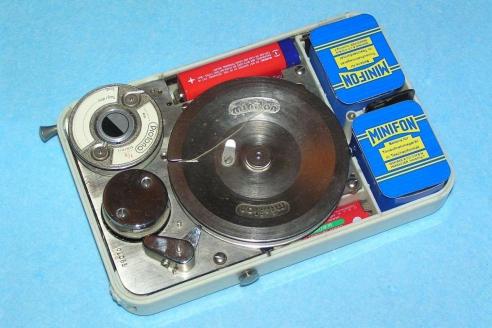 """Немецкий """"Minifon Mi51"""", 1951 г."""