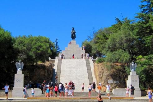 Памятник Наполеону на площади Аустерлиц. Корсика. Франция