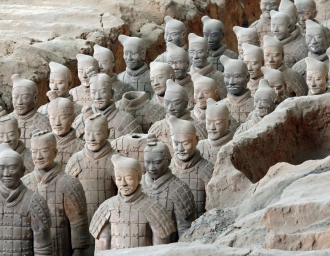 Терракотовая армия императора Цинь Шихуанди в Сиане. КНР